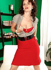 Danielle Will Drive You Mad, Men!