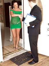 Fucking Her Way Out Of Foreclosure