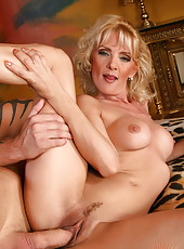 Blonde Rachel teaches her young lover to fuck