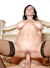 Curvy mature babe gets fucked deep from behind by a hunk stud and gets a huge load of cum
