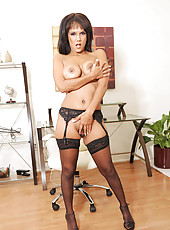 Black Anilos Anjanette Astoria pleasures herself with a magic wand