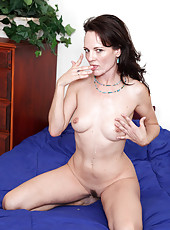 Anilos cougar Danielle Reage receives a thorough fucking before taking a cum explosion in her mouth