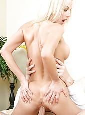 Glamorous blonde Anilos receives a serious pounding in her tight cougar pussy