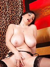 Horny Anilos Michelle Bond makes her dildo slippery to fuck her hungry pussy