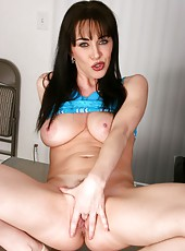 Free anilos hardcore pics starring rayveness with her intense toying action in her office