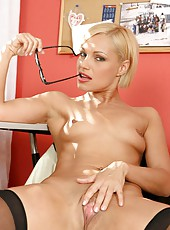 Seductive milf flaunts her well rounded ass as she strips inside the office
