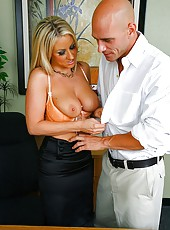 Big tits boss carolyn get her amazing ass and beautiful titties fucked hard on the office desk