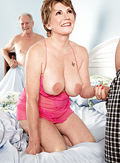Its Beas Hubby A Cuckold? Or Was He In On This?