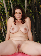 Busty 35 year old Ryan from AllOver30 playing naked groundskeeper