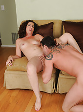 Horny 45 year old MILF Tammy Sue gets a good fucking from her friend
