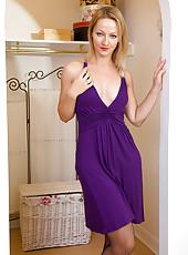 Elegant mom Tara Trinity slide out of her purple dress and spreads legs