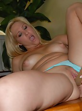 See my hot big tits amielieen suck my dirty little cock in these amatuer pics