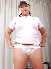 Popular MILF lara Matinez from Allover30 practices her stroke in here