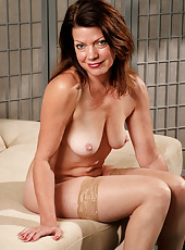 At 52 years old gorgeous Victoria P looks as hot as ever naked