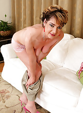 Hairy pussied Eszti from AllOver30 shows off her 42 year old body