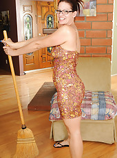 39 year old housewife Xena takes a break from her chores to pose