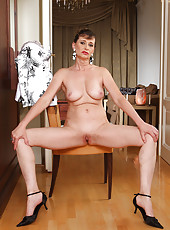 Elegant and mature Juditta shows off a gorgeous 50 year old body