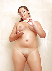 31 year old Lara Martinez spreads her mature pussy wide just for you