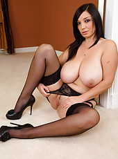 Busty brunette MILF Michelle B looks amazing in this green ligerie