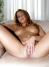 See my horny wife jasmin get her juicy pussy fucked hard ah yeah