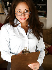 Playing the office MILF Veronica V plays more then she works