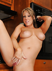 Carolyn Reese from AllOver30 strips and shows off her incredible body