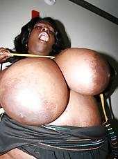 Busty Simone boob fucking