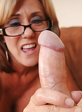 Young Joey is about to go on his new date but his step mom Felicity Rose urges him to spurt his spunk before he goes out so she gives him a milf handjob