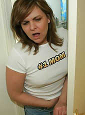 Step-mom Frankie acctidentally catches Billy masturbating. She notices how nice his cock is and decides to join in by helping him jack off to his favorite porno.