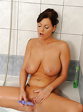 Sheila Grant\\