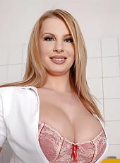 Nasty nurse Lovisa Nea stripteasing