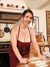 Katerina Hart showing big tits