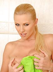 Nikita Valentin soaping big boobs