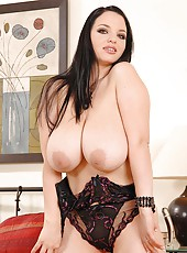 Dark-hair, fair skin, huge boobs!