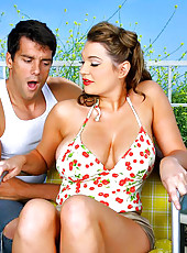 Smoking hot porn star cassandra calogera gets her hot pin up bikini box fucked hard and big tits fucked before getting a cumshot to her face in thse hot pocs