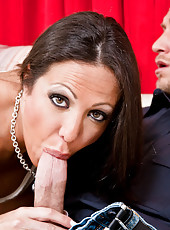 Amy Fisher seduces a young guy into fucking her pussy