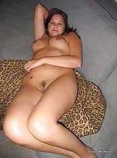 Amateur hot curvy kinky MILF