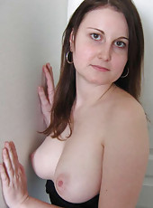 Hot random MILFs posing sexy