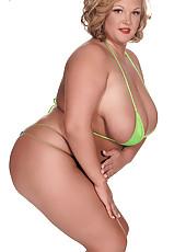 Bikini Slick
