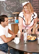 Eat At Renees
