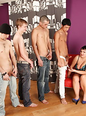 Hot mama with big tits gets cheeky enough to try gangbanging