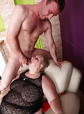 Mommy's rough fuckmate spanks and bangs her so damn hard