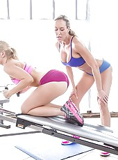 Two hot gym babes suck dudes cock and have a threesome