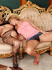 Teen girl fingering her old girlfriend in fishnet