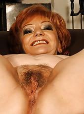 Hot mature madam sucking and getting fucked hard
