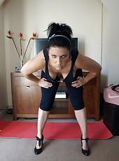 Daniella working out her curves in tight semi sheer leggins
