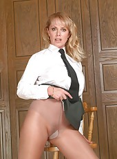 Milf in Uniform
