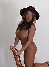 Big Hat Solo