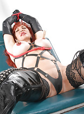 Hi Boys, I want to be your slut today. I want you to tie me up,