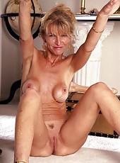 Mature Big Tits Porn